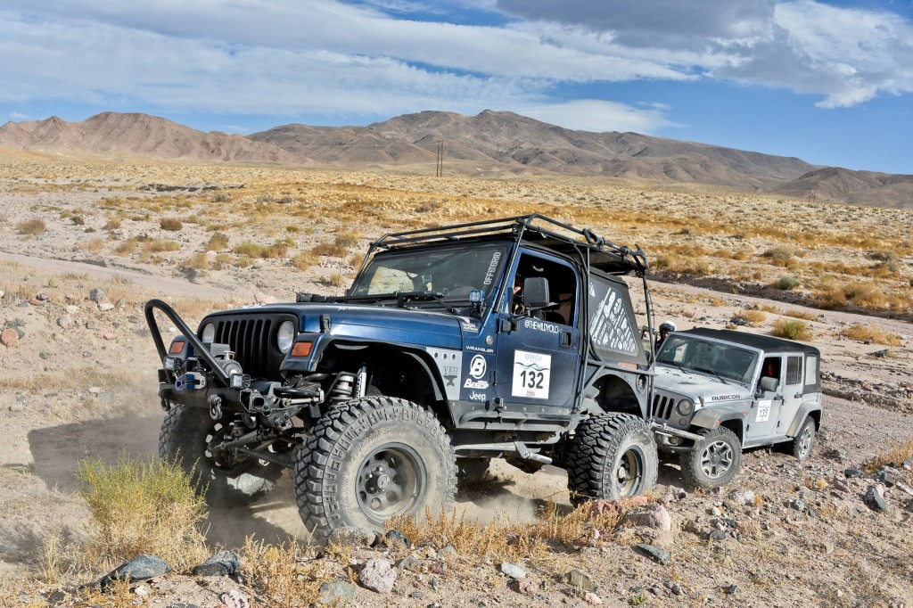 rr-16oct-officialphoto-2jeeps-bypaolobaraldi